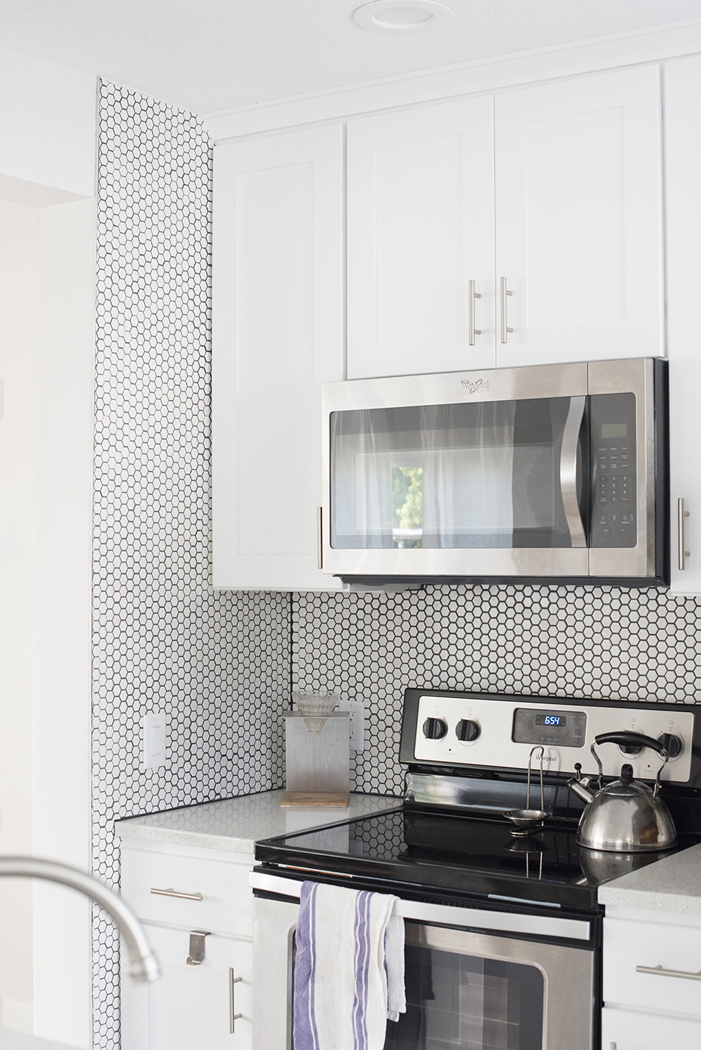 White Hex Tile With Black Grout Backsplash Room For Tuesday